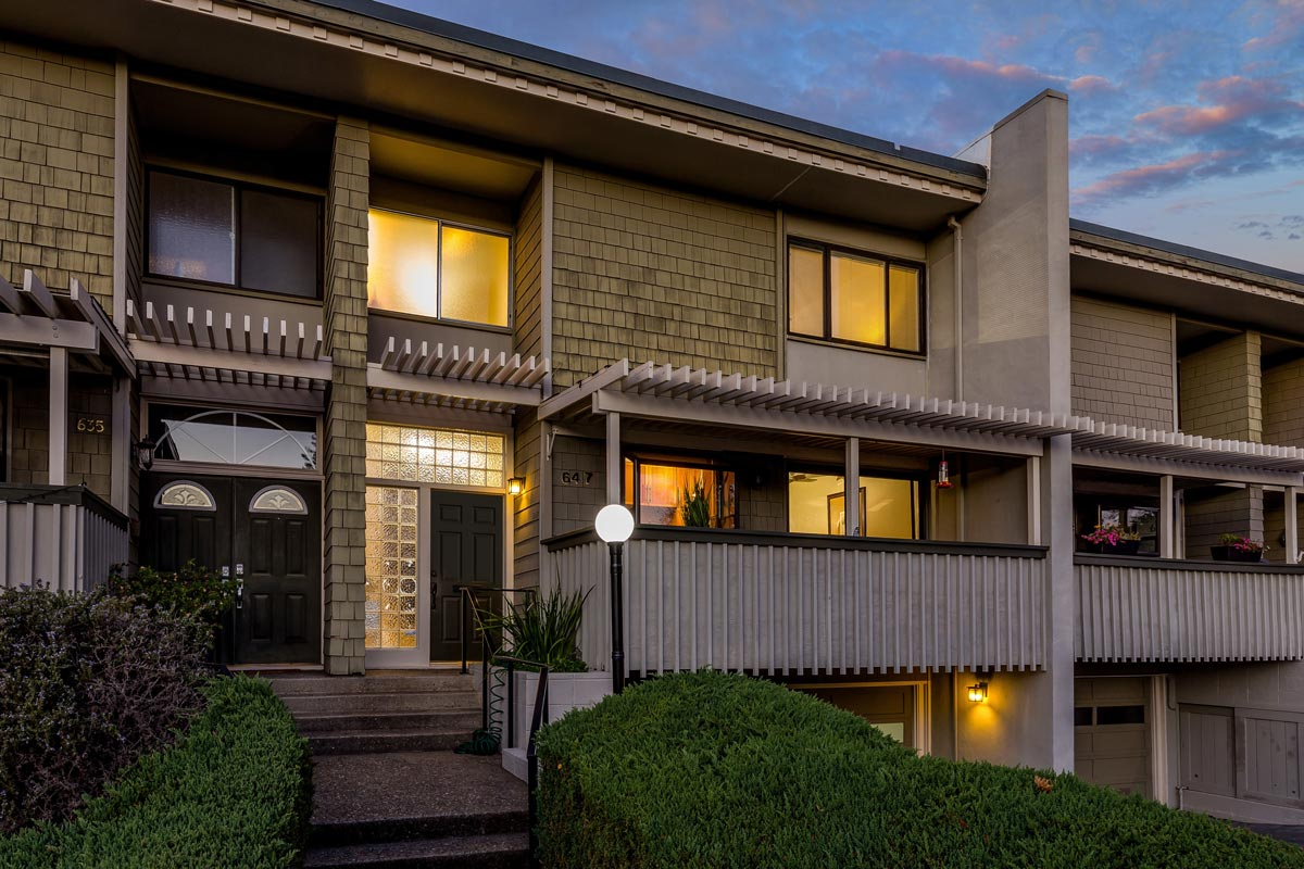 Redwood City townhome for sale
